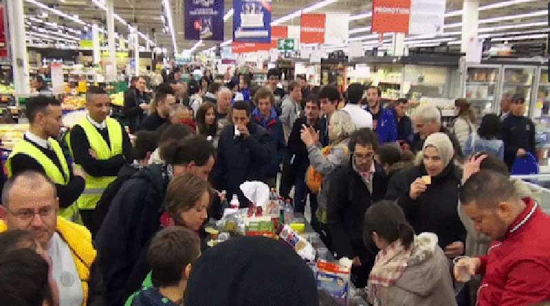 Nuit Debout Grenoble pique-nique dans un Carrefour