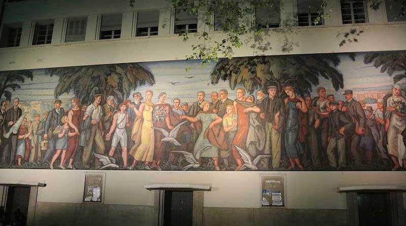 La fresque de la Bourse du Travail à Lyon