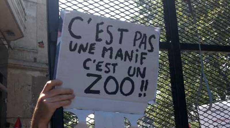 Manif 23 juin 02 ceci est un Zoo