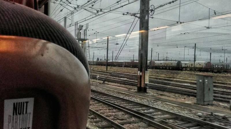 Nuit Debout prend le train.