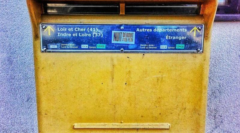 Nuit Debout et la poste.
