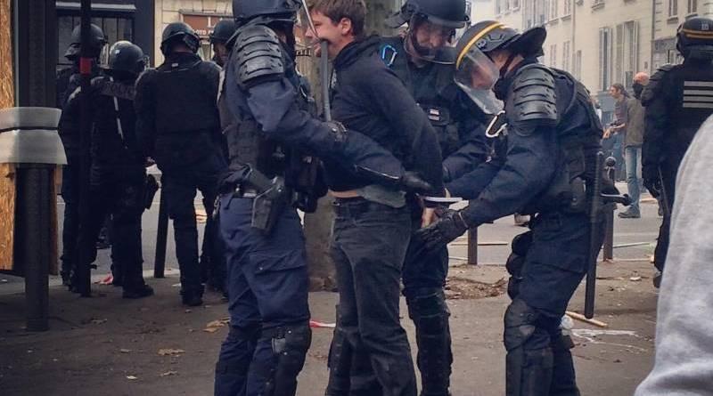 Arrestation lors de la manifestation du 15 septembre