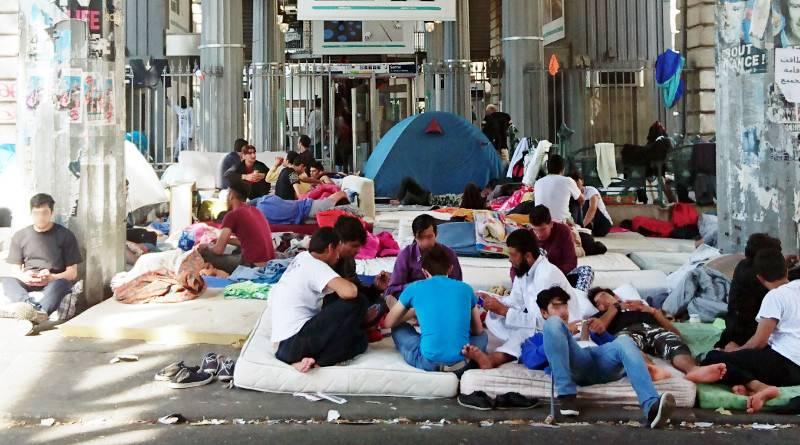 Migrants, métro Jaurès