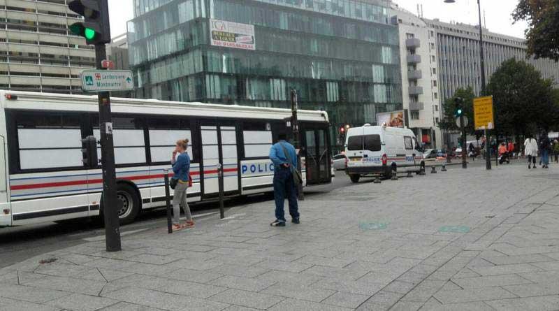 La police garée avenue de Flandres - Septembre 2016