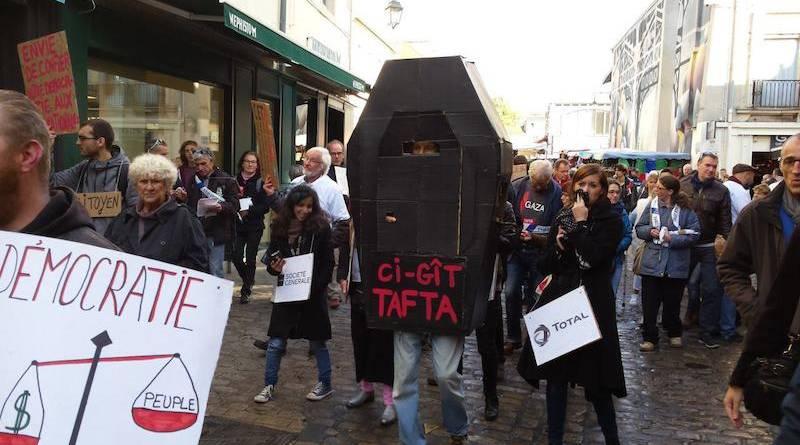 Manifestation contre le CETA à Dijon.